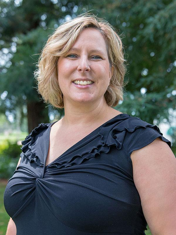 Sandra Ringer